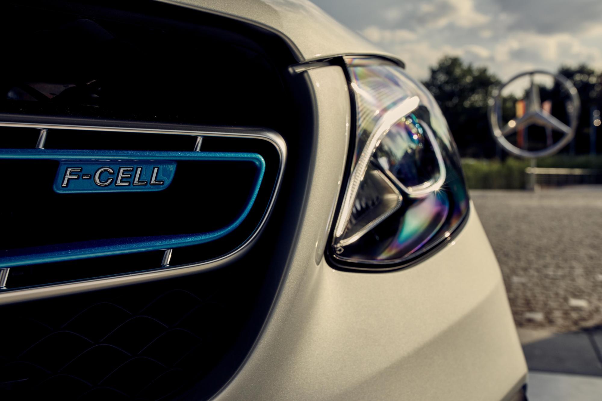 Περικοπές στην Mercedes-Benz