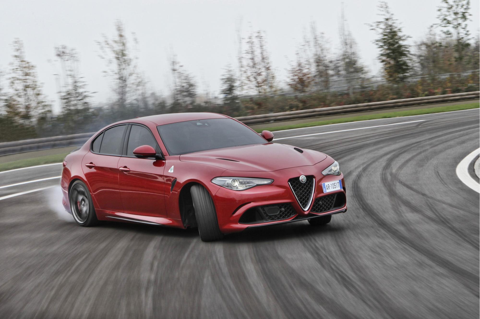 Stina Hübinette: Η κασκαντέρ που αγαπά τις Alfa Romeo