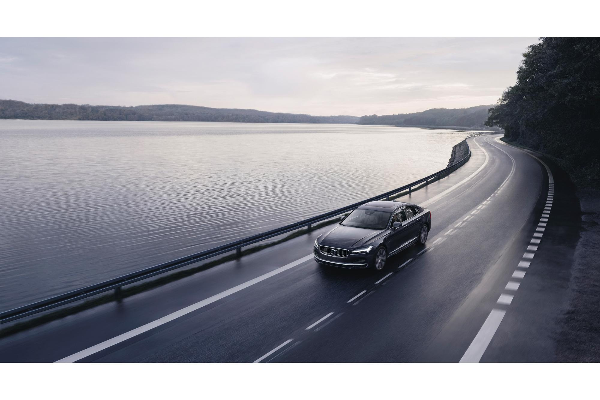 Όριο ταχύτητας για τα Volvo στα 180km/h!