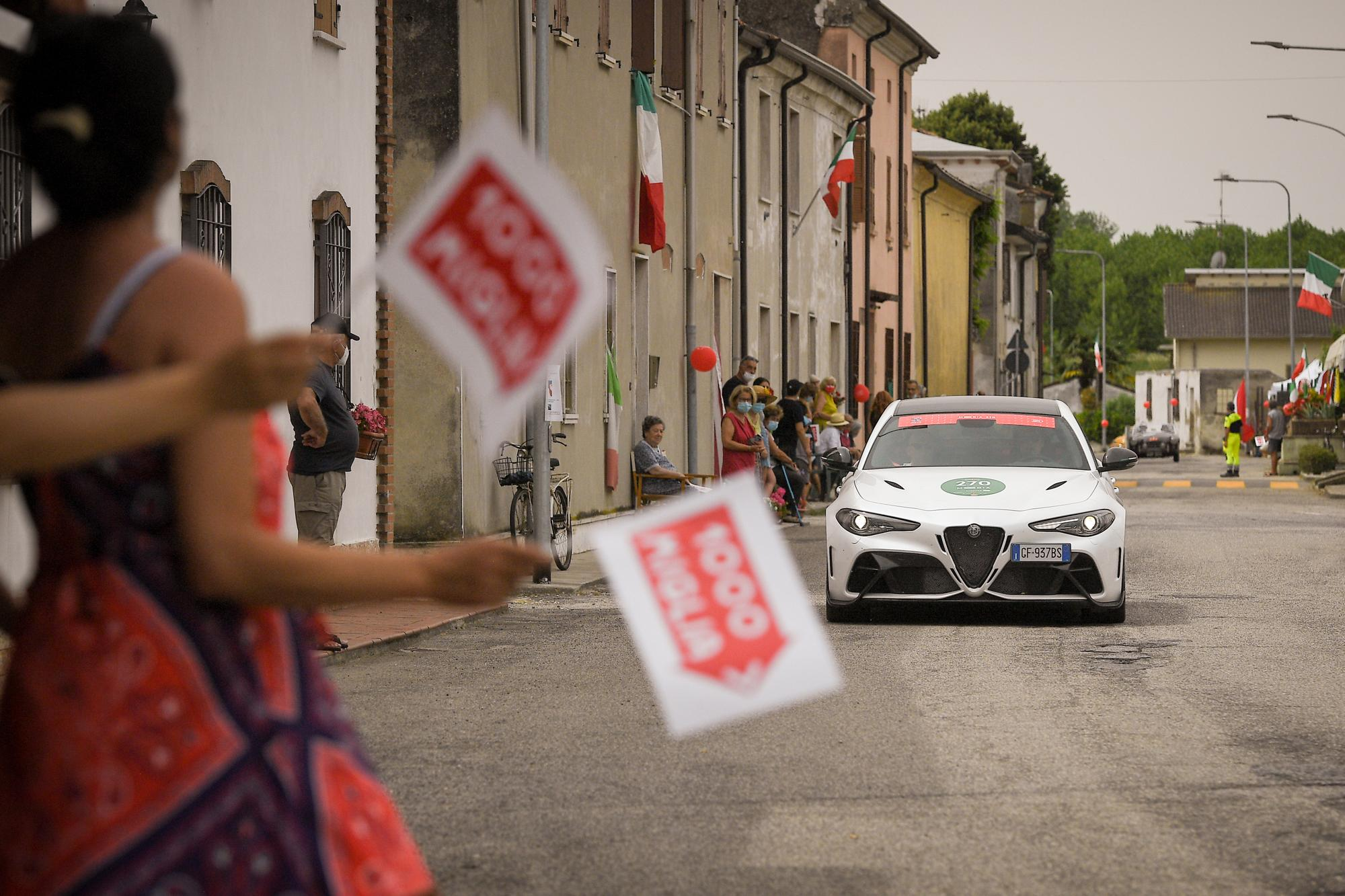 Νίκη της Alfa Romeo στο Mille Miglia