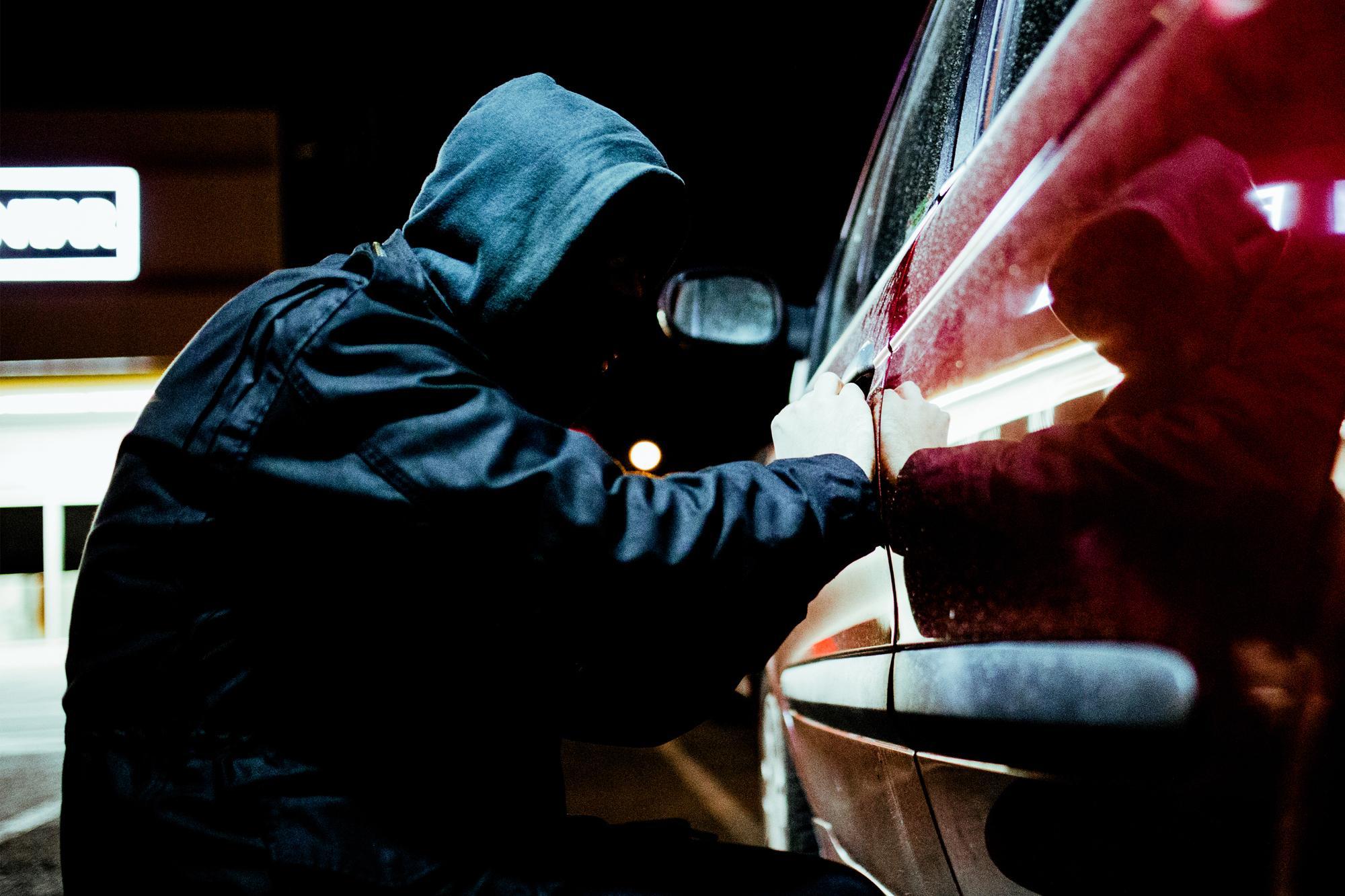 Σύλληψη μελών συμμορίας που έκλεβε αυτοκίνητα