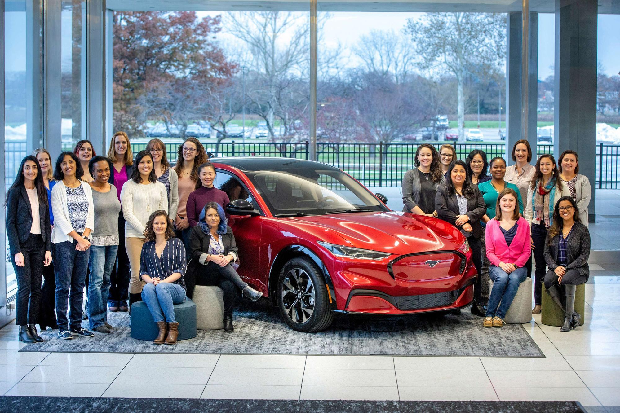 Οι γυναίκες πίσω από την εξέλιξη της ηλεκτρικής Mustang Mach-E!