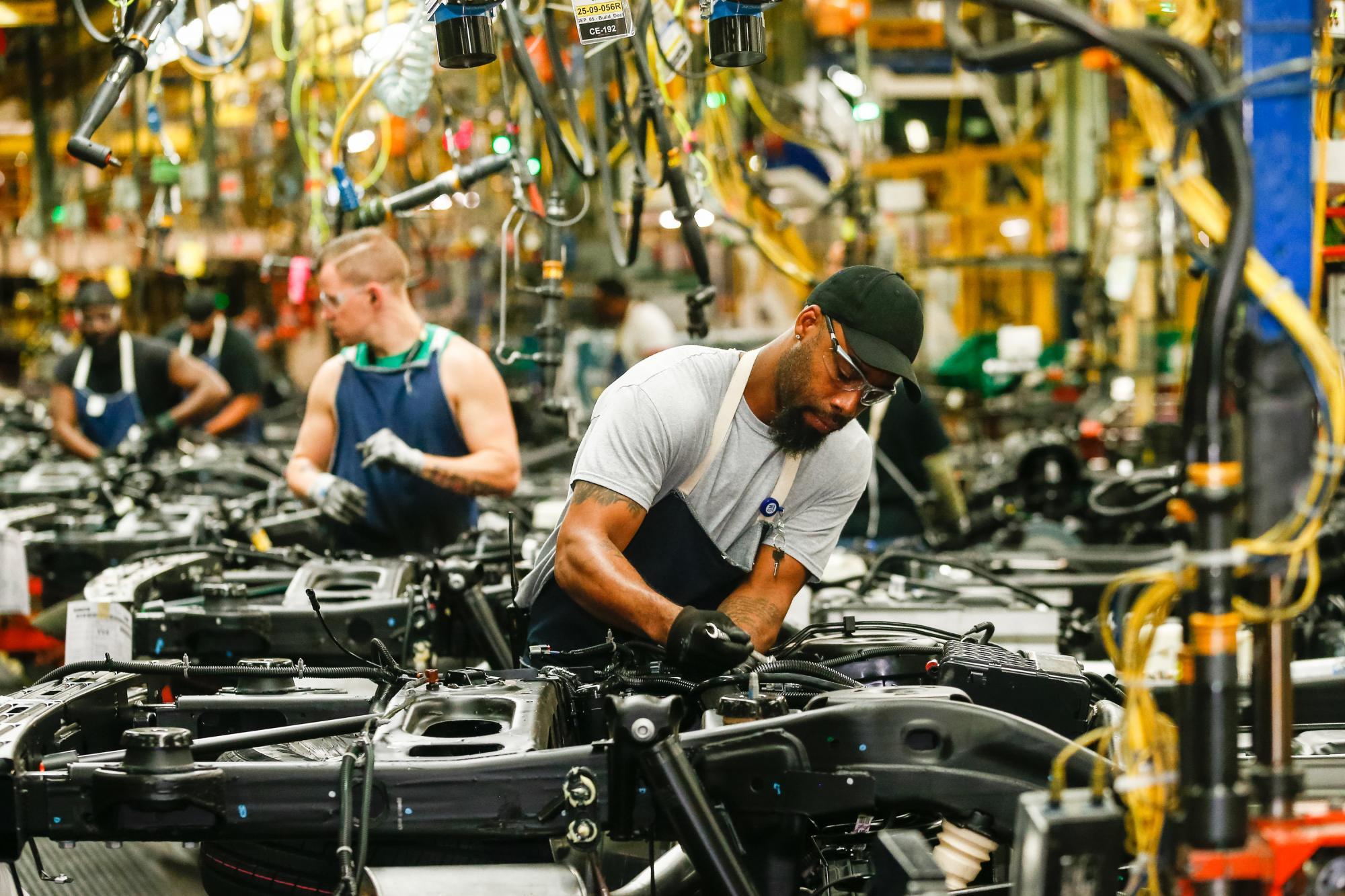 Σκληρά μέτρα για Ford και GM