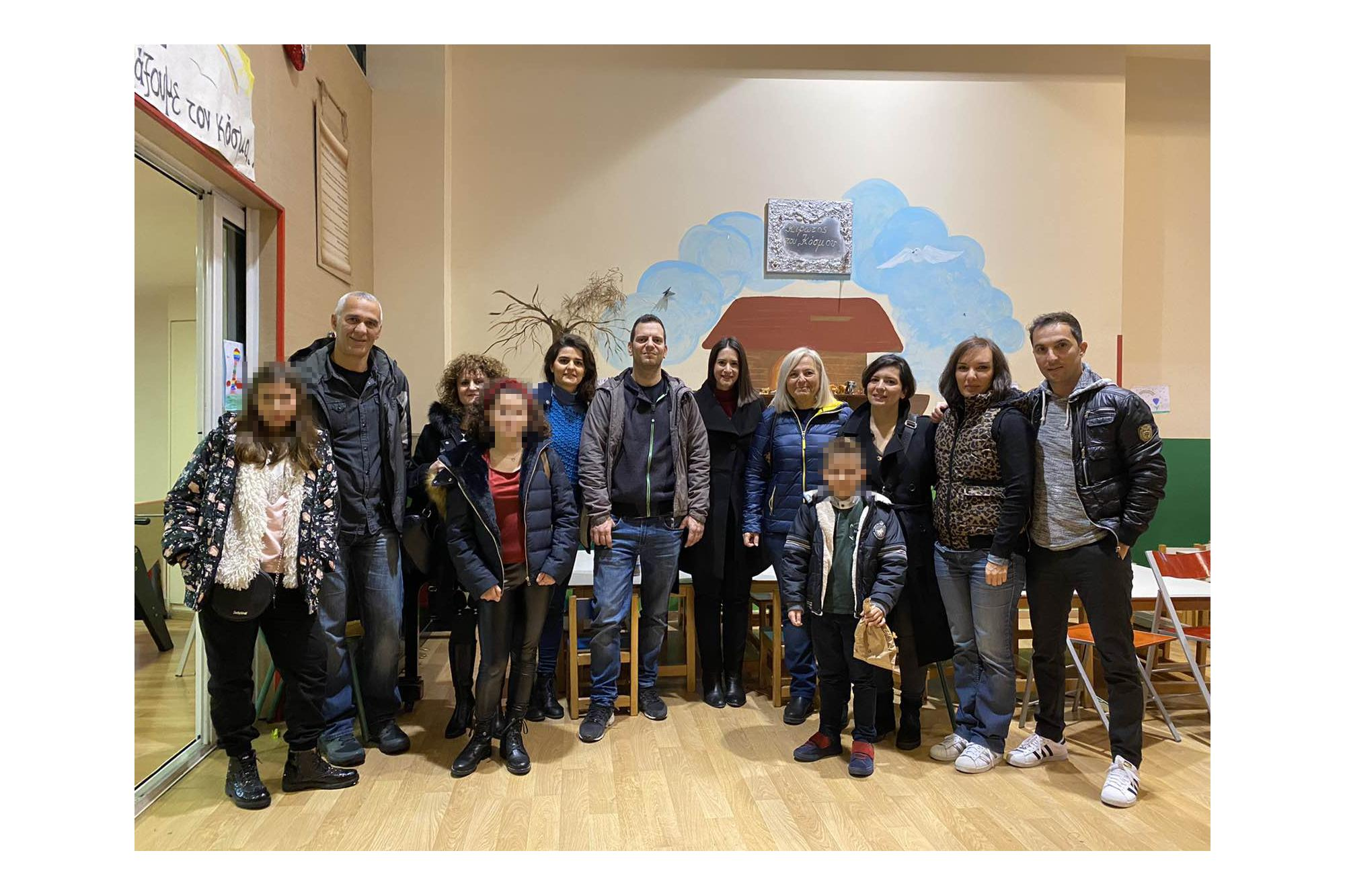 Οι εργαζόμενοι της Goodyear δίπλα στα παιδιά της Κιβωτού του Κόσμου