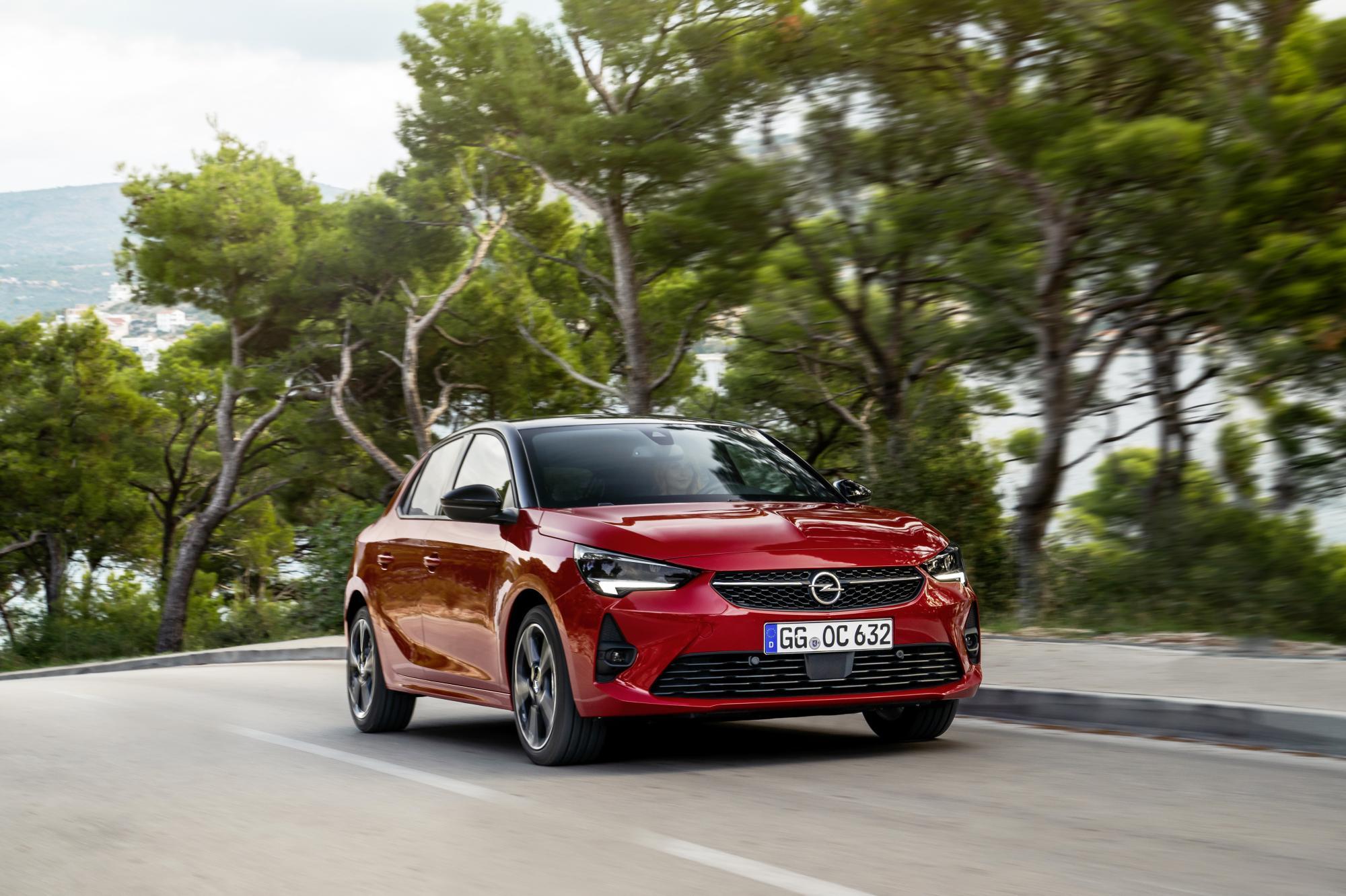 """Το Νέο Opel Corsa Απέσπασε το """"Connected Car Award"""""""