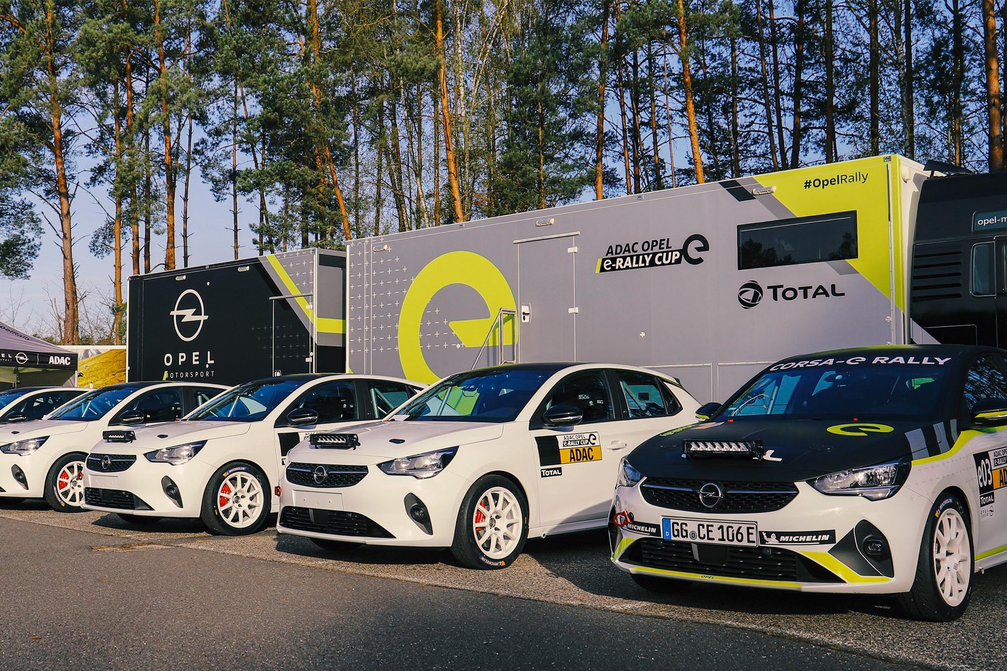 Παραδόθηκαν τα πρώτα Opel Corsa-e Rally Cars