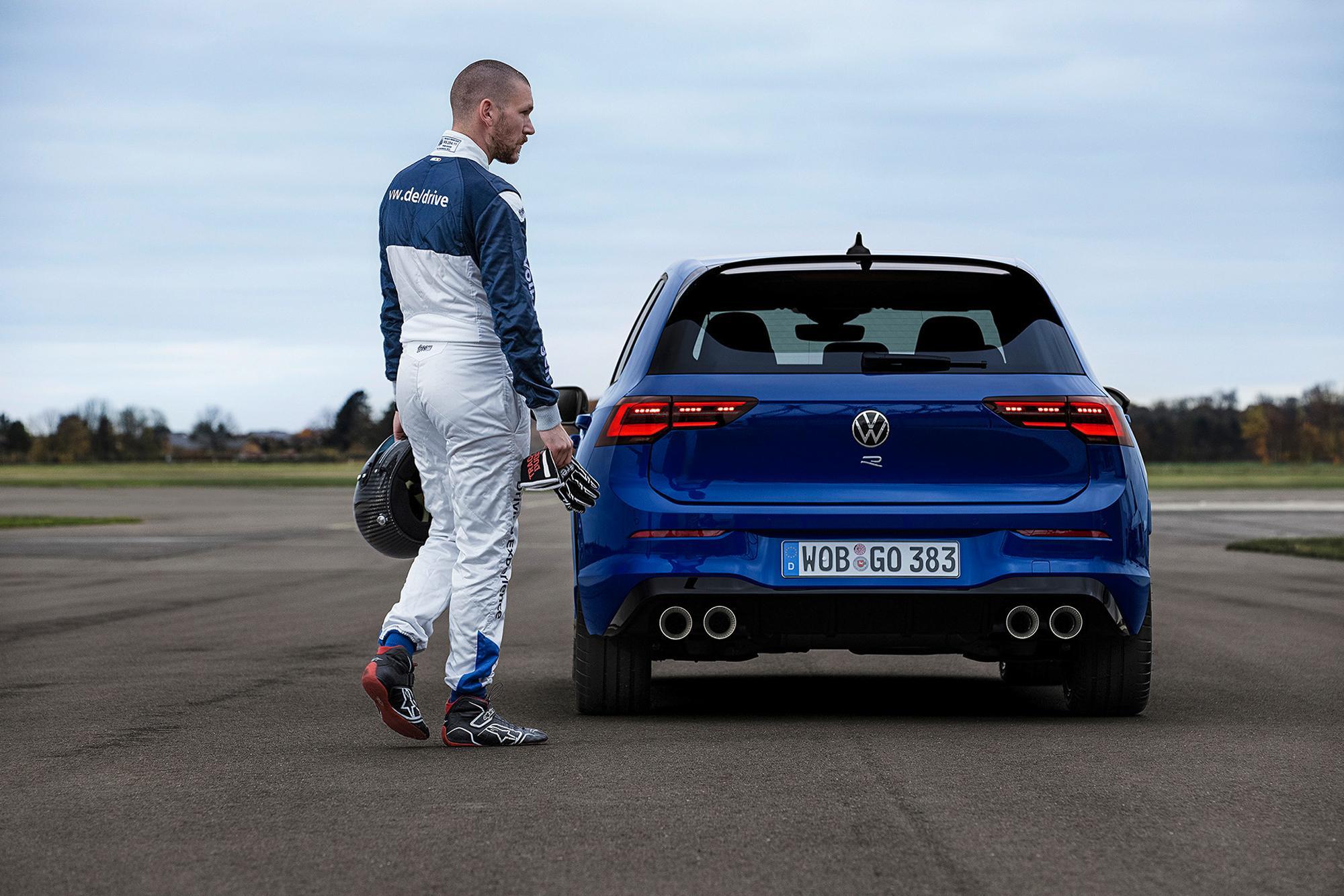 Με drift mode, χειροκίνητο κιβώτιο και 320Ps το VW Golf R