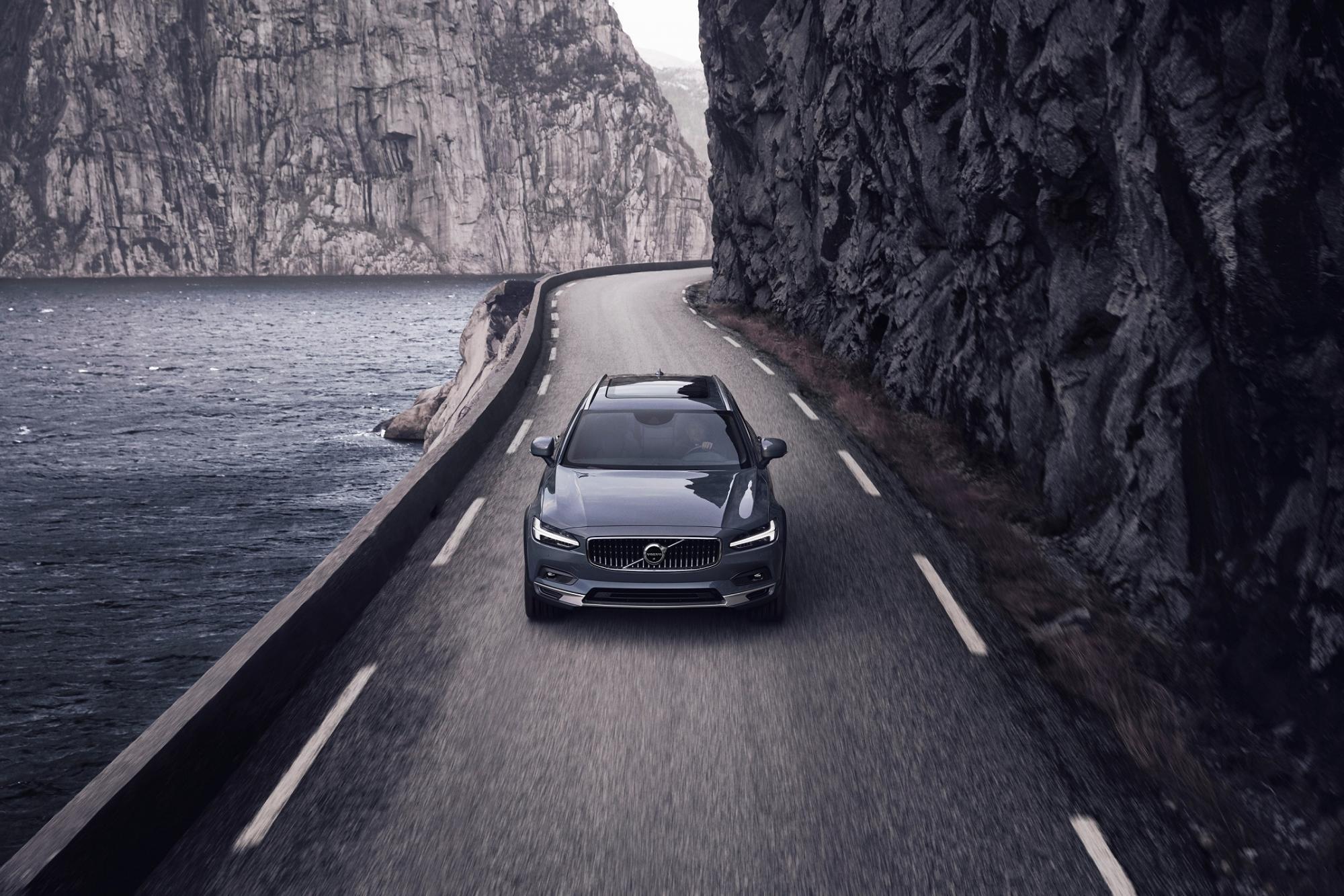 Νέα σχεδίαση για τα Volvo S90 και V90