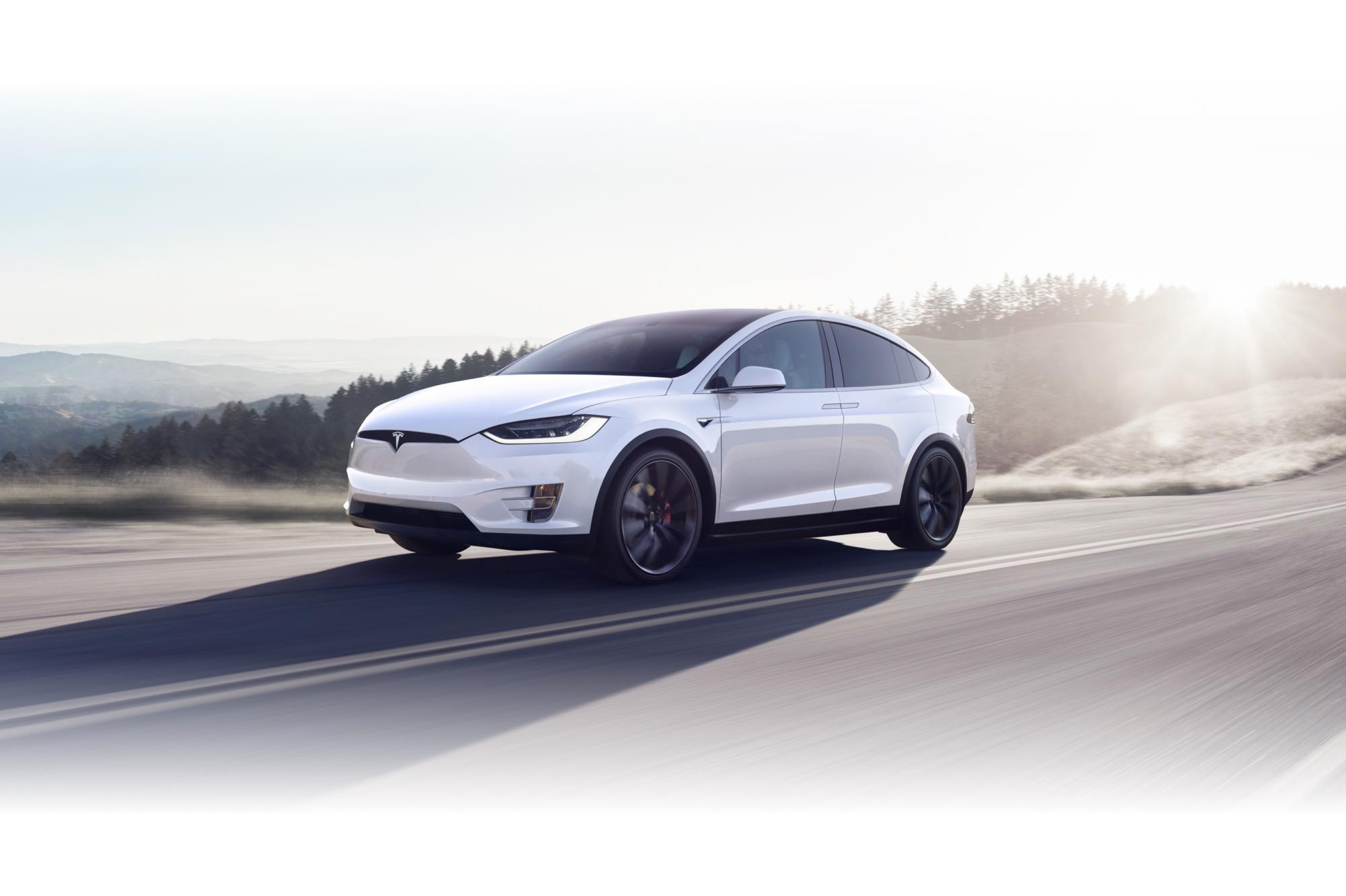 Η Tesla επεκτείνεται στην Ελλάδα